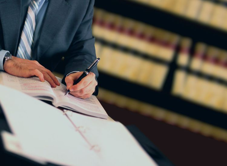 Lawyers, Solicitors & Notary Publics