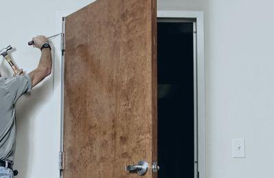 Internal Door Fitter