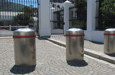 Automated Gates & Bollards